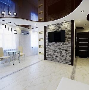 Lux Apartment In The Luhansk City Centre photos Exterior