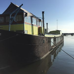 The Island Houseboat photos Exterior