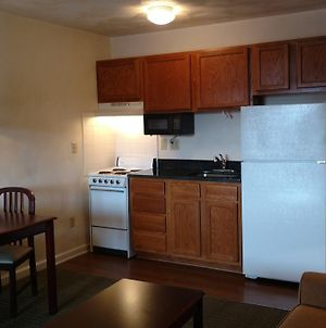 Affordable Suites Charlottesville photos Exterior