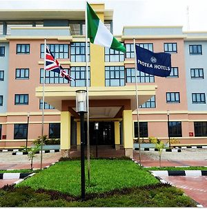 Protea Hotel By Marriott Ikeja Select photos Exterior