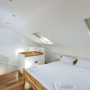 3Br Apartment In Great Swiss Cottage Location photos Exterior