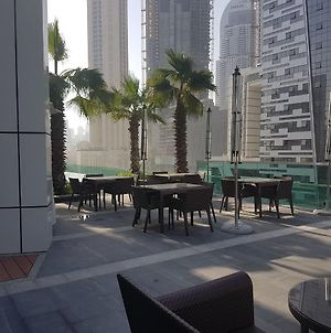 Green Future Holiday Homes Tram Access 1 Bedroom In Jbr photos Exterior