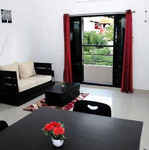 Varsha Enclave Serviced Apartment photos Exterior