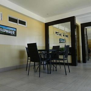 Hollywood Suites And Resort - Marilao photos Exterior