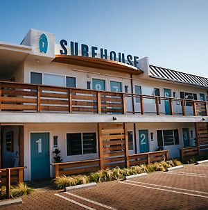 Surfhouse photos Exterior