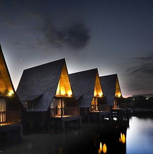 Cirebon Waterland And Seaview Cottage photos Exterior
