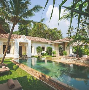 Karmel Villa Thalduwa Island - Five Bedroom Luxury Villa With Private Pool photos Exterior