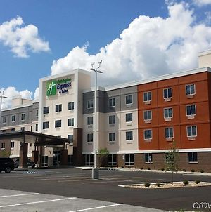 Holiday Inn Express & Suites Lexington Midtown - I-75 photos Exterior