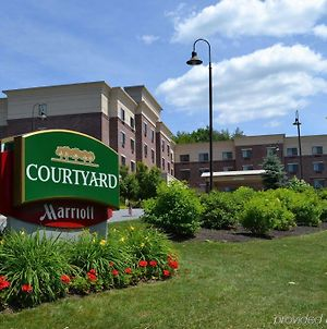 Courtyard By Marriott Hanover Lebanon photos Exterior