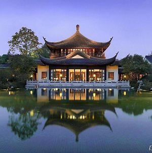 Four Seasons Hotel Hangzhou At West Lake photos Exterior