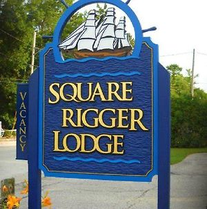 Square Rigger Lodge photos Exterior