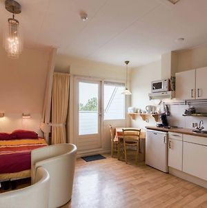 Uniquely Located Studio With Own Balcony, On A Large Estate In Bergen Aan Zee photos Exterior