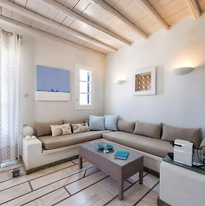 Pure White 1Bd House With Amazing Sea Views In Naousa photos Exterior