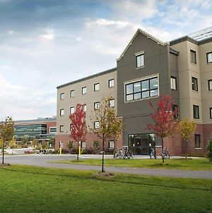 Algoma University Main Campus Residence photos Exterior