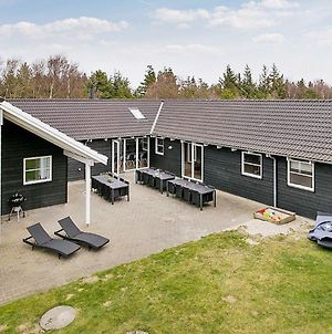 Ten Bedroom Holiday Home In Blavand photos Exterior