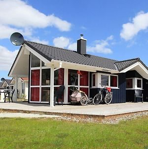 Three-Bedroom Holiday Home In Gromitz 13 photos Exterior