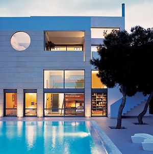 Minimal Blue Villa photos Exterior