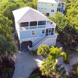 075 - Isle Be There Vr photos Exterior