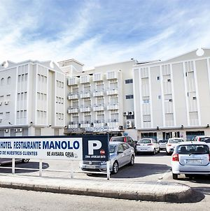 Manolo photos Exterior