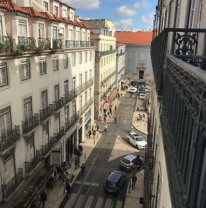 Happy @ Chiado photos Exterior