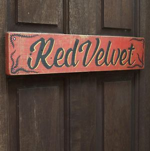 One32 Guesthouse Red Velvet photos Exterior