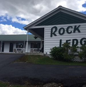 Rock Ledge Motel photos Exterior