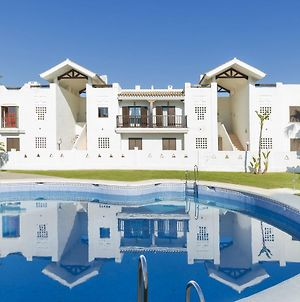 Luxury Apartment, Surrounded By Several Golf Courses And Near The Sea photos Exterior