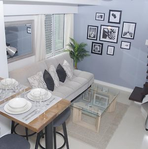 Decorated Duplex Apartment @ Bgc photos Exterior
