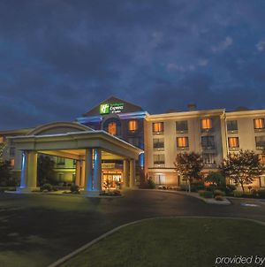 Holiday Inn Express & Suites Buffalo Airport, An Ihg Hotel photos Exterior