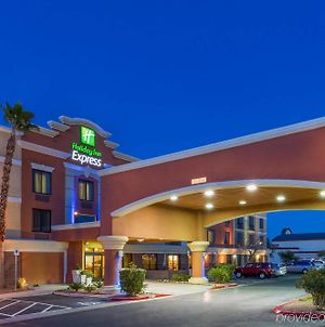 Holiday Inn Express Hotel And Suites - Henderson, An Ihg Hotel photos Exterior
