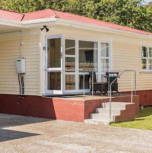 Waitangi Beach Unit A photos Exterior