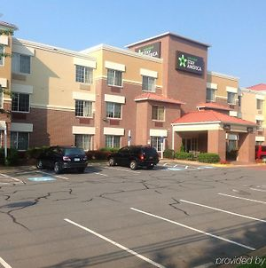 Extended Stay America Washington, D.C. - Tysons Corner photos Exterior
