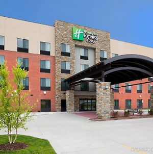 Holiday Inn Express & Suites Davenport photos Exterior