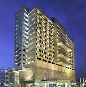 Holiday Inn New Delhi Mayur Vihar Noida photos Exterior