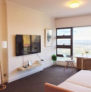 Modern & New Apartment With City And Park View In Sydney Olympic Park photos Exterior