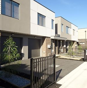 Fawkner Executive Townhouses photos Exterior