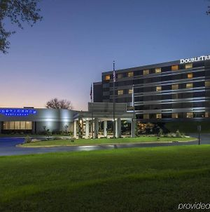 Doubletree By Hilton Hotel Winston Salem - University photos Exterior