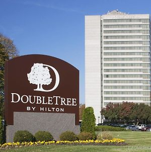 Doubletree By Hilton Overland Park - Corporate Woods photos Exterior