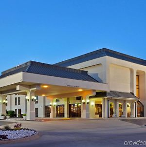 Hampton Inn Joplin photos Exterior