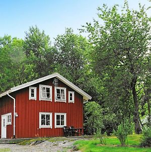 Four-Bedroom Holiday Home In S-Uddvalla photos Exterior
