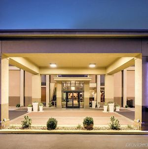 Holiday Inn Express Marshfield - Springfield Area, An Ihg Hotel photos Exterior