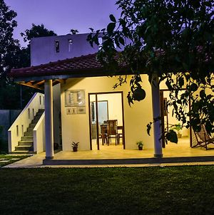 House With One Bedroom In Hikkaduwa With Wonderful Lake View Furnished Terrace And Wifi 2 Km From The Beach photos Exterior