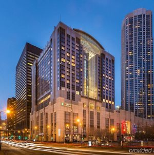 Embassy Suites Chicago Downtown Magnificent Mile photos Exterior