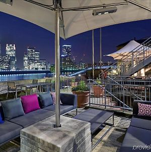 Doubletree By Hilton London - Docklands Riverside photos Exterior