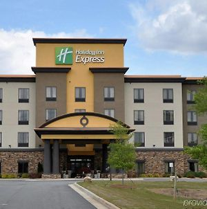 Holiday Inn Express Hotel & Suites Perry-National Fairground Area photos Exterior