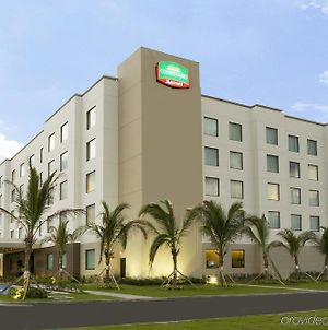 Courtyard By Marriott Panama Metromall photos Exterior