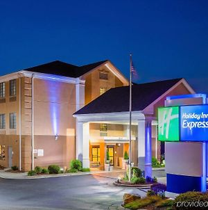 Holiday Inn Express Winston-Salem photos Exterior