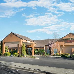 Courtyard By Marriott Vacaville photos Exterior
