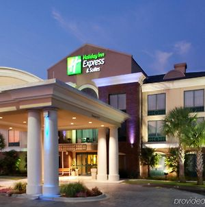 Holiday Inn Express & Suites Florence I-95 & I-20 Civic Ctr, An Ihg Hotel photos Exterior