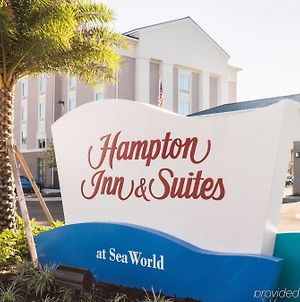 Hampton Inn & Suites Orlando Near Seaworld photos Exterior